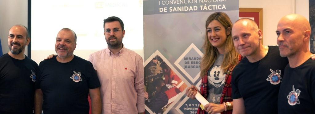 Pie de foto: de izquierda a derecha: los responsables de grupo de Sanidad Táctica, junto al Concejal de Seguridad Ciudadana, Pablo Gómez y la alcaldesa de Miranda de Ebro Aitana Hernando.
